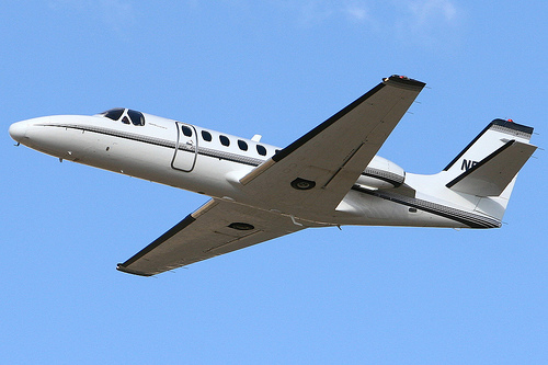 straight wing plane